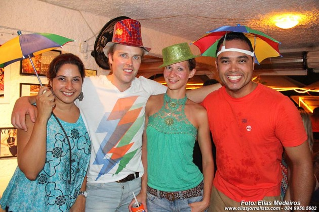 Sátiva, Billy (Canadá), Tatiane (Ucrânia) e Rodolfo.