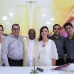 Larissa, Marcos, capelão João Batista, Mônica, Marcos Antônio e Marcos Vinícius, na Capela São Pedro, Base Naval de Natal.