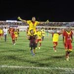 Jogadores do Globo de Cear-a-Mirim, comemoram o título da Copa FNF, no Estádio Nogueirão, em Mossoró.