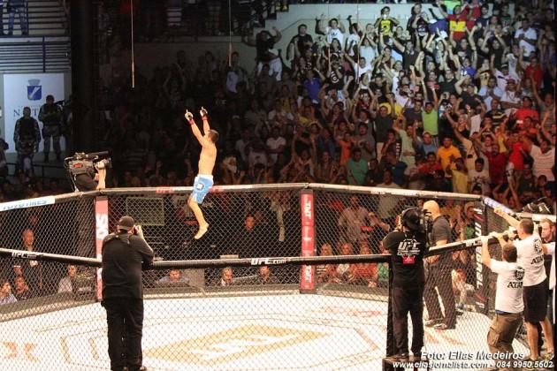 O lutador potiguar Jussier Formiga, venceu o lutador norte-americano Scott Jorgensen, e dedicou a vitória ao lutador de MMA Luiz de França, que foi assassinado este ano, em Natal.