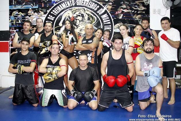 Guerreiros do Muay Thai:  Professor Kaio Freitas formando atletas campeões na vida e no esporte.