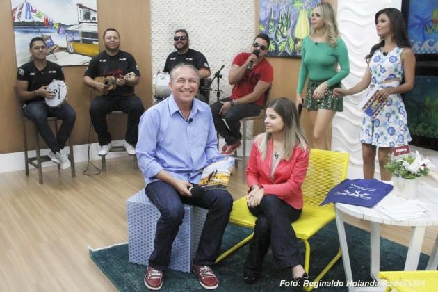 O jornalista e repórter fotográfico, Elias Medeiros e a psicóloga Alana Ravena, falaram sobre os cuidados das postagens das selfies.
