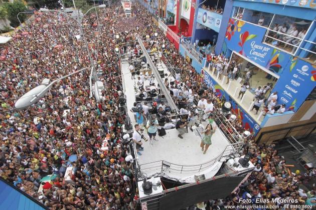 Carnaval de Salvador 2015: Ivete Sangalo - circuito Campo Grande.