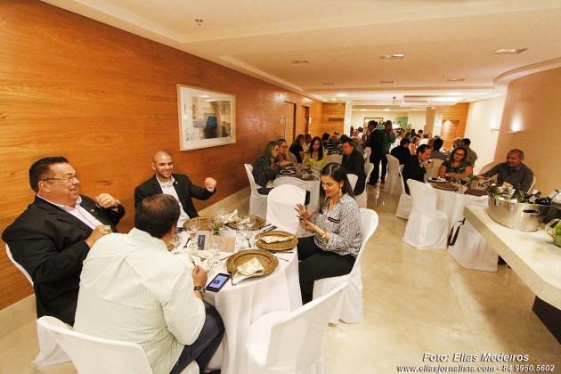 Moura Dubeux apresenta o Internacional Trade Center (ITC), durante almoço com a imprensa.