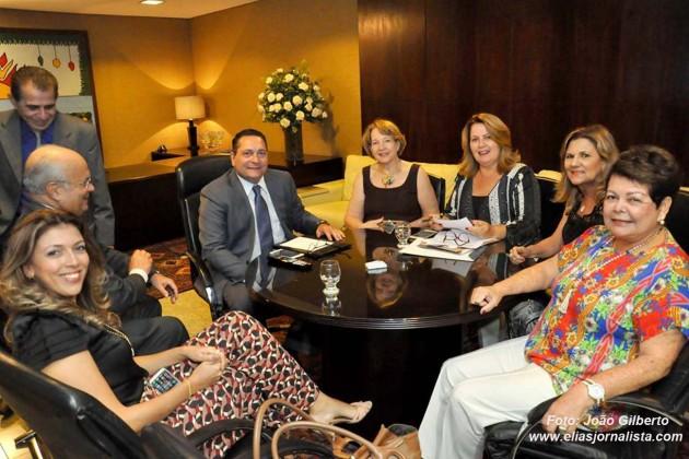 Presidente da Assembleia reforça parceria com o grupo Reviver Natal.