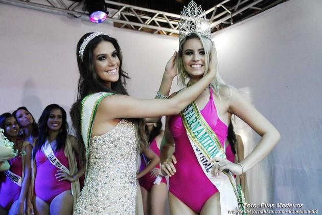 Após quatro tentativas em concursos anteriores, Amanda Guedes, foi eleita Miss Parnamirim 2015, na noite deste sábado, no Praia Bonita Resort.