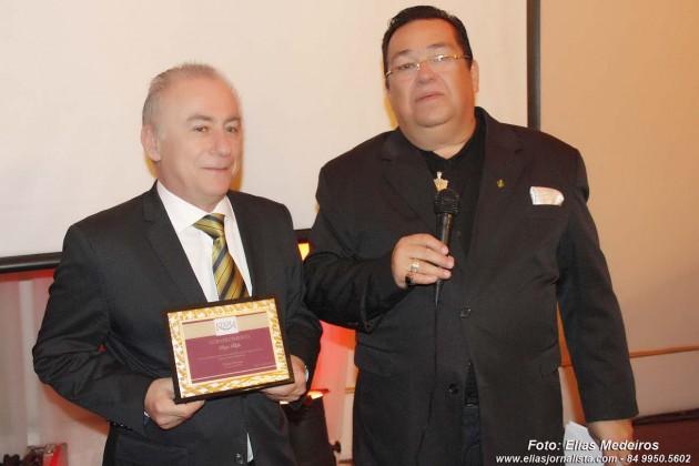 O diretor Sérgio Boffa Pedro recebeu nesta semana,  numa homenagem do Teatro Alberto Maranhão ,