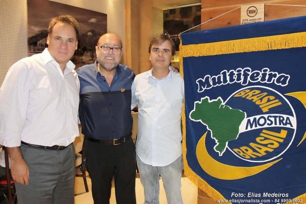 A 21ª edição da Multifeira Brasil Mostra Brasil foi lançada na tarde desta quinta-feira (6), durante um almoço com a imprensa no restaurante Camarões, do Shopping Midway Mall, em Natal. A feira será realizada em um no local, a Arena das Dunas, de 28 de agosto a 7 de setembro