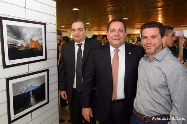 """Assembleia Legislativa expõe mostra fotográfica """"Caminhos do Sertão"""""""
