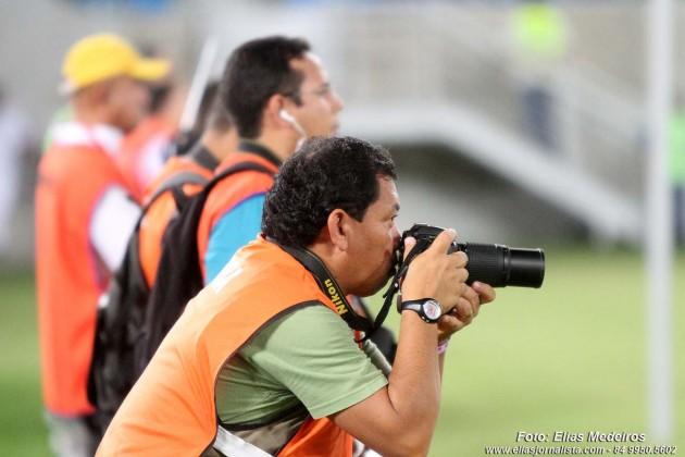 Eduardo Maia - NOVO JORNAL - repórter fotográfico