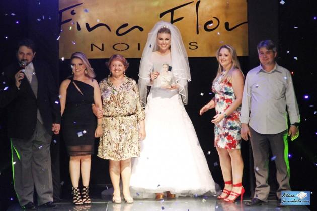 Fina Flor apresenta coleção anual de vestidos de noivas.
