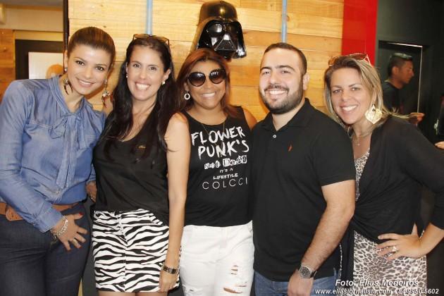 O empresário Jozimar Júnior recebeu a imprensa na mais nova franquia da  Wayne's Burger Star unidade Tirol da Avenida Afonso Pena