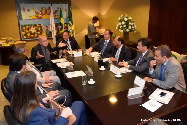 Deputados potiguares e catarinenses debatem Pacto Federativo na Assembleia Legislativa.