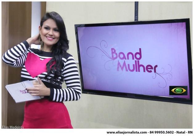 O programa Band Mulher, comandado pela jornalista Juliana Celi, mantém o sucesso de audiência nas tardes da Band Natal.