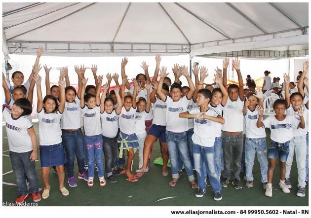 As crianças ganham programação especial na Assembleia Cidadã em Areia Branca.