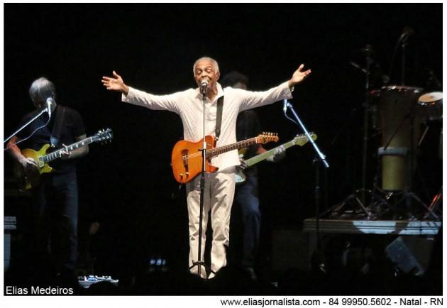 Gilberto Gil  em dose dupla com bate papo e show na FLIN Natal 2015.