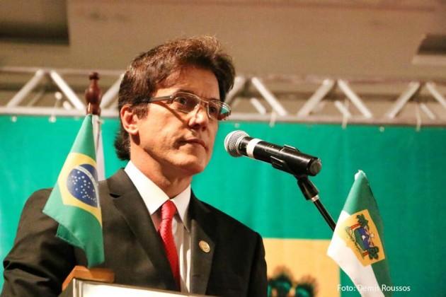 O governador Robinson Faria emite mensagem sobre segurança pública no RN.