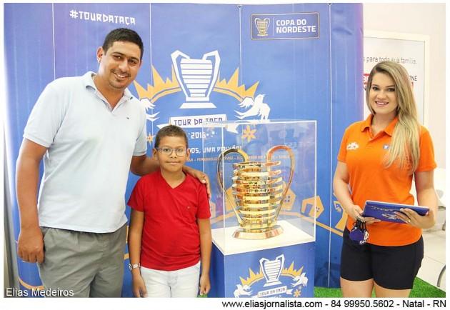 Torcedores potiguares conheceram neste domingo a Taça da Copa do Nordeste.