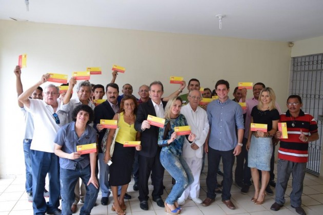 Rafael Motta empossa Araken Farias como presidente do diretório de Natal. (Foto: Ciro Marques).