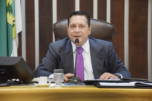 Ezequiel Ferreira quer dotar municípios litorâneos de melhor infraestrutura.