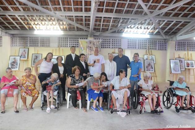Lançamento da Mostra fotográfica que homenageia mães do Abrigo Juvino Barreto foi um sucesso.