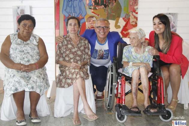 """Lançamento da exposição """"Mães do Juvino"""" na Assembleia Legislativa."""