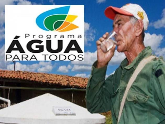 Governador assina ordem de serviço para início das obras do Programa Água para todos.