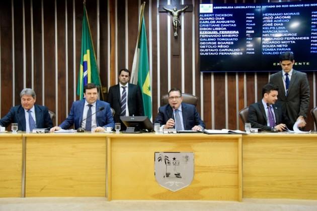 Projeto de Ezequiel que autoriza uso de carros retidos no Detran aguarda sanção. (Foto: João Gilberto).