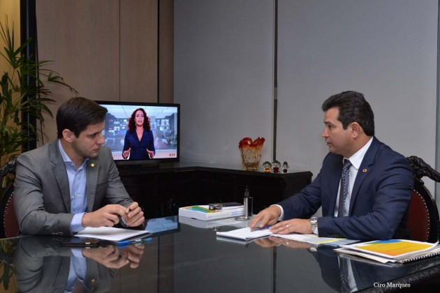 Em reunião com ministro, Rafael Motta solicita investimentos para Terminal Salineiro de Areia Branca.