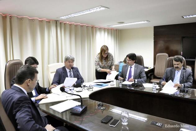 Transporte Cidadão é aprovado por unanimidade na Comissão de Finanças. (Foto: Eduardo Maia).