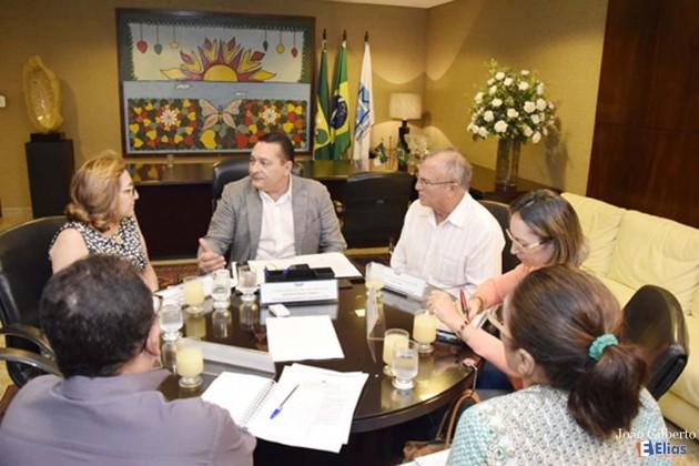 Ezequiel Ferreira mobiliza força-tarefa em prol do Hospital de Currais Novos.