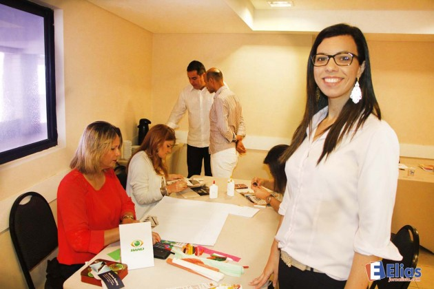 A jornalista e psicólga Tatina Ciqueti particpou do treinamento .