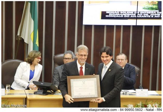 Honraria também foi concedida pela ALRN ao superintendente do Aeroporto Internacional, Ibernon Martins Gomes, iniciativa do deputado George Soares.