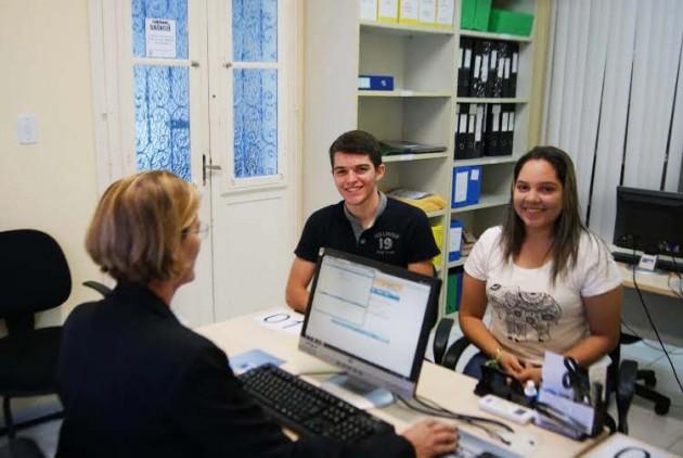 Escola da Assembleia atrai jovens para cursos gratuitos. (Foto: Eduardo Maia).