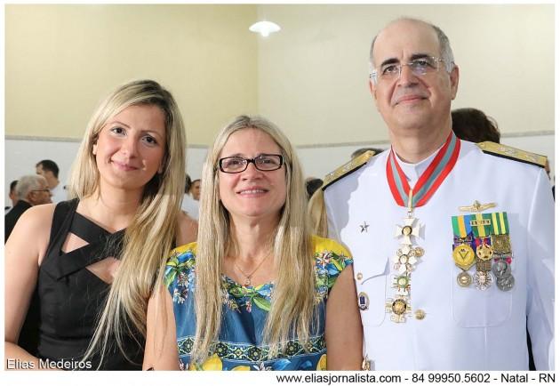O novo Comandante do 3º DN O Vice-Almirante Renato Rodrigues de Aguiar Freire com familiares.