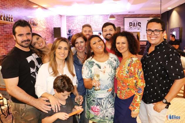 """Imprensa prestigia inauguração do """"Clube dos Pais"""" Natal Shopping."""