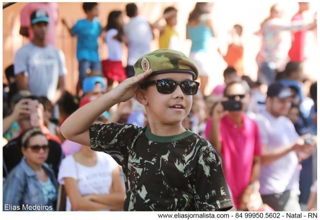 As crianças são a grande atração da festa cívica do desfile 7 de setembro.