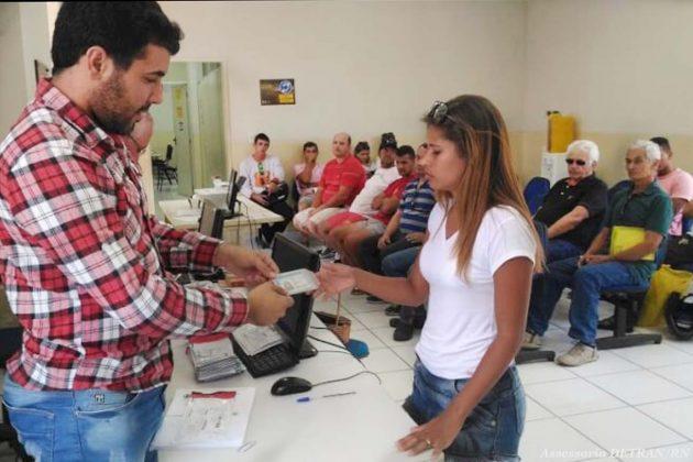 Detran/RN  emite  e entrega  CNH  no  mesmo dia  em  Natal  e  Mossoró.