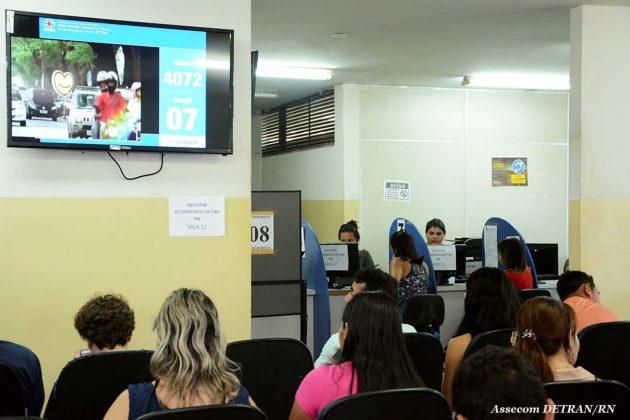 Detran do Shopping Via Direta inicia agendamento de exame prático veicular.