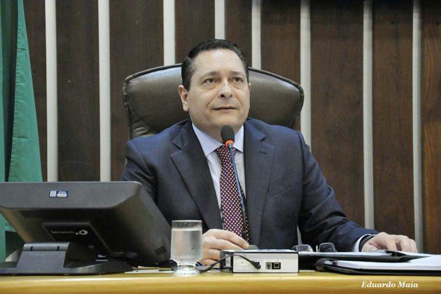Presidente da Assembleia encaminha moção em prol da vaquejada ao STF.