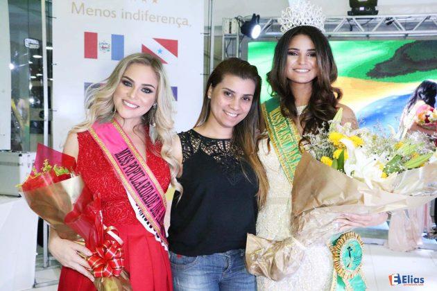 Glauce Camilo da Abelha Flor Floricultura uma das apoiadoras do evento.