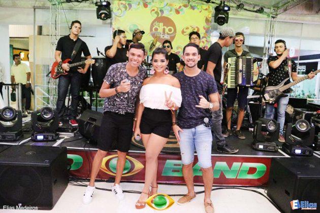 """A Banda Farra de Rico foi à atração do """"De Olho na Folia"""" nesta terça"""