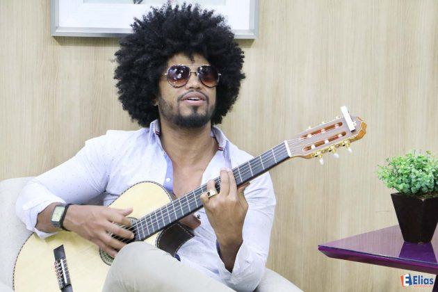 Juninho Black é uma das grandes revelações da black music na música evangélica brasileira.
