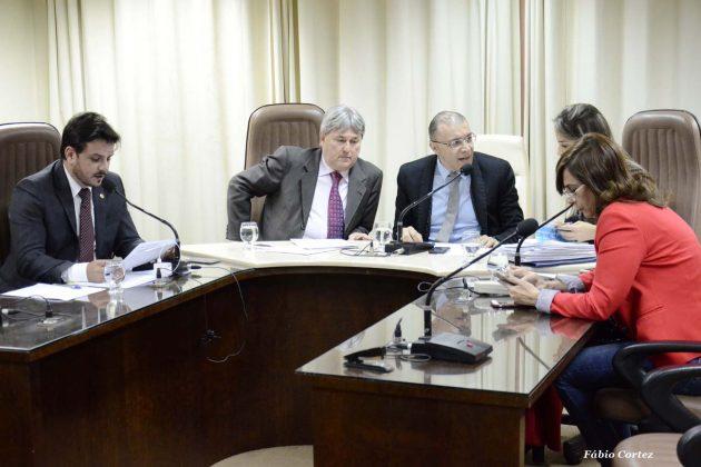 Comissão solicita informações sobre impacto financeiro na isenção de IPVA.