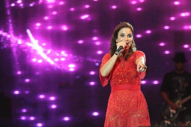 Ivete Sangalo fez show na Arena das Dunas.