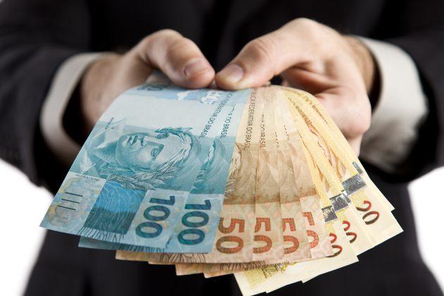 Governo conclui pagamento de 90% do funcionalismo na próxima sexta-feira (11).