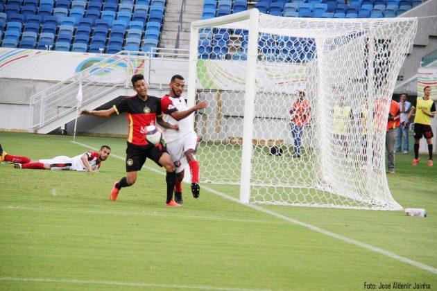 Santa Cruz (Natal) e Globo FC empatam na rodada dupla na Arena das Dunas.