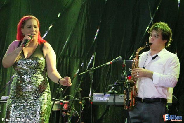 Viviane Sagres e Joedson Saxfonista