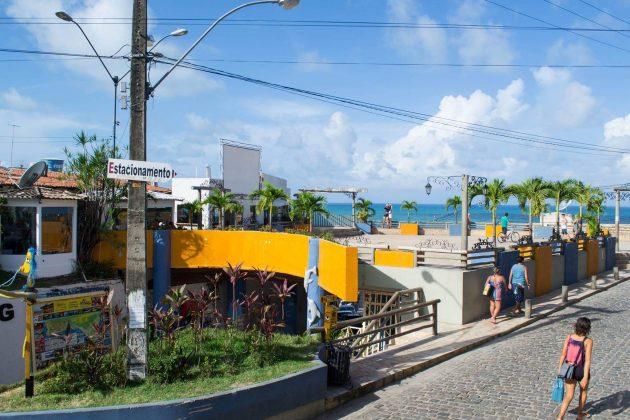 """Prefeitura promove """"choque de ordem e limpeza"""" na praia da Pipa e em toda a cidade de Tibau do Sul."""