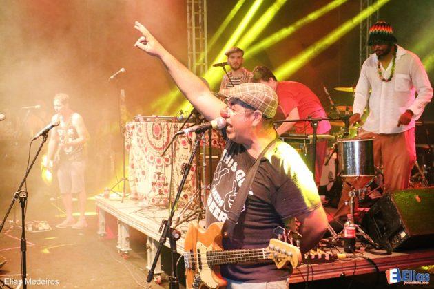 banda DuSouto, que antes da apresentação de Alceu Valença